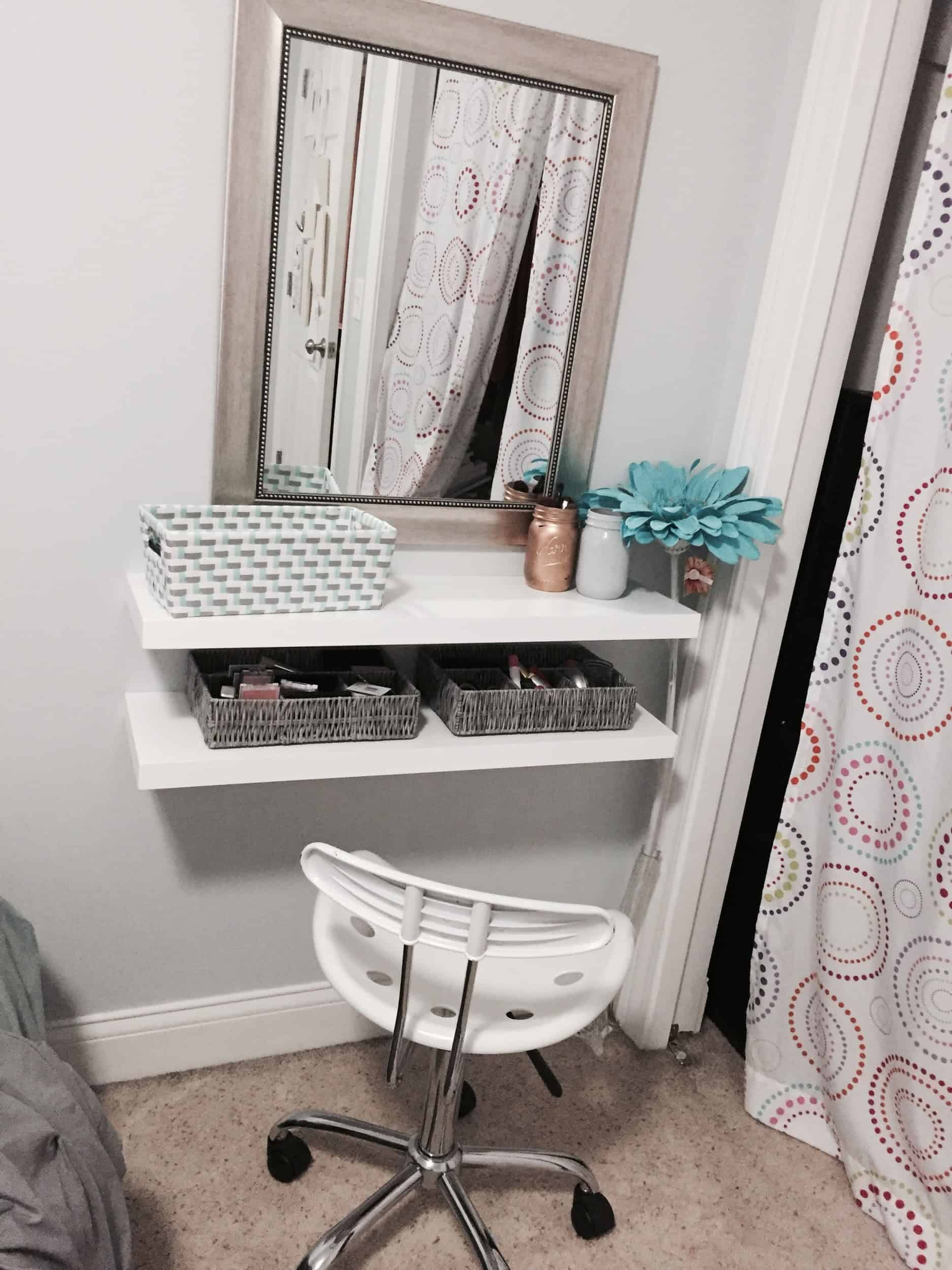 18 Beautiful Diy Vanity Tables Liquid Image