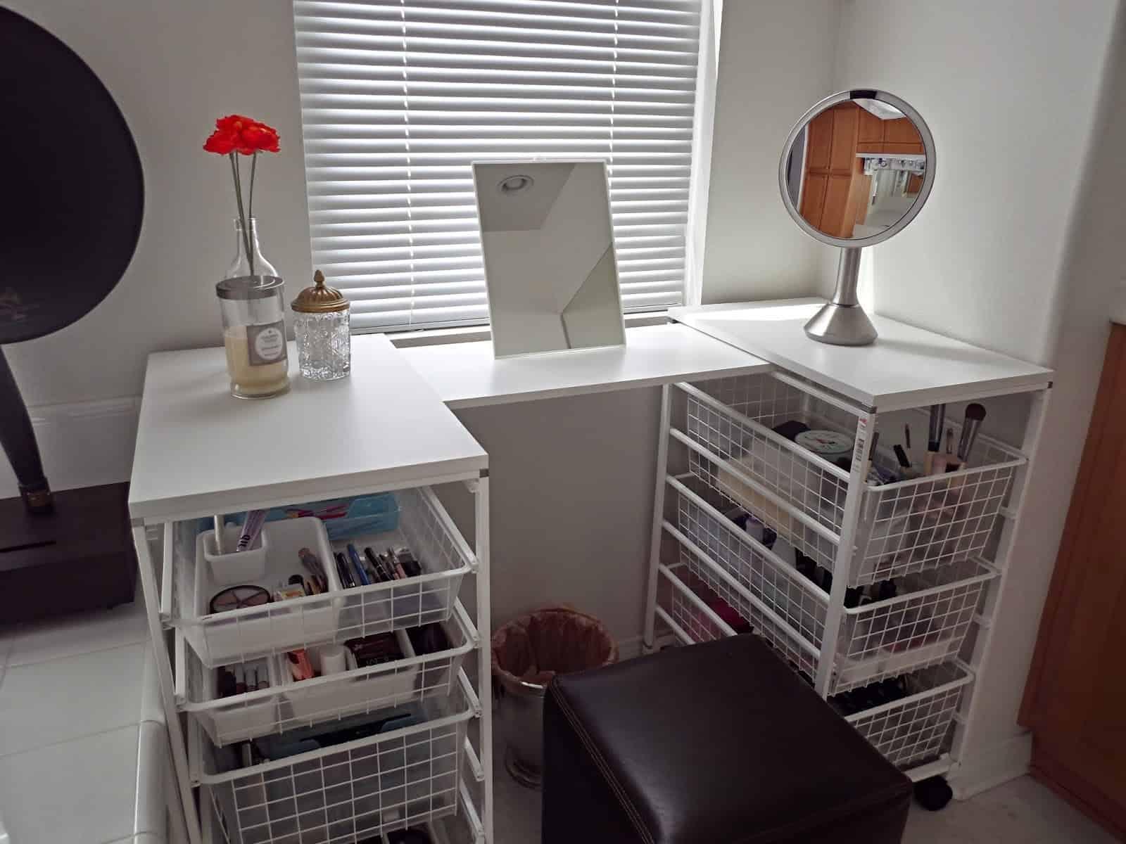 Wire Basket Drawer Unit Vanity Table