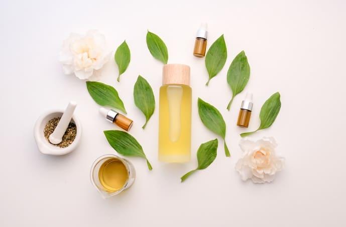 natural cosmetic cream