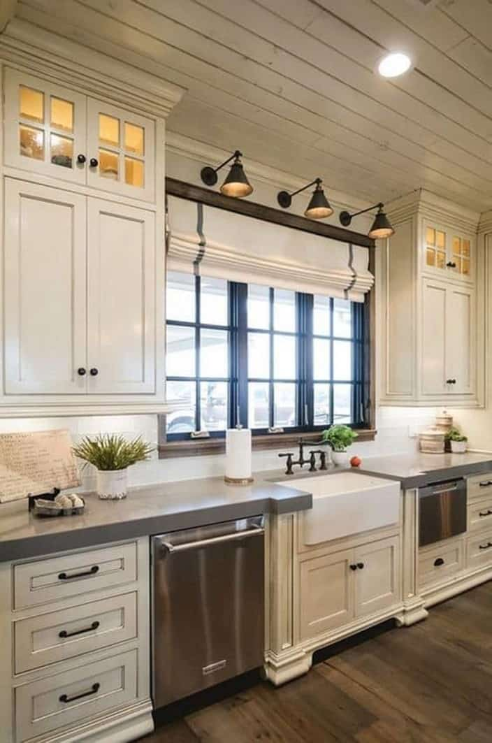 31 White Kitchen Cabinets Ideas in 2020 - Liquid Image