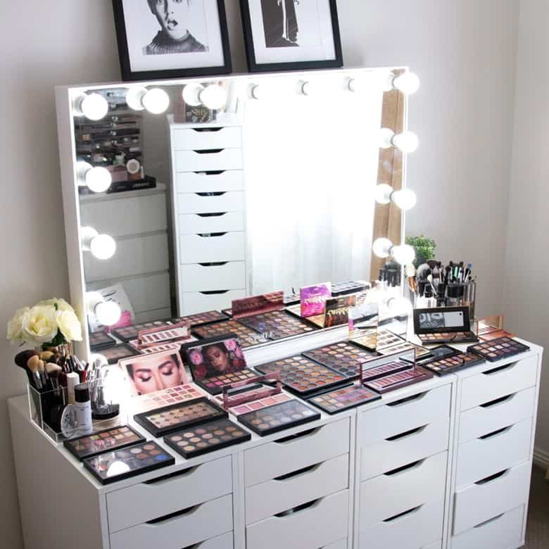 A Hollywood Classic Vanity Mirror